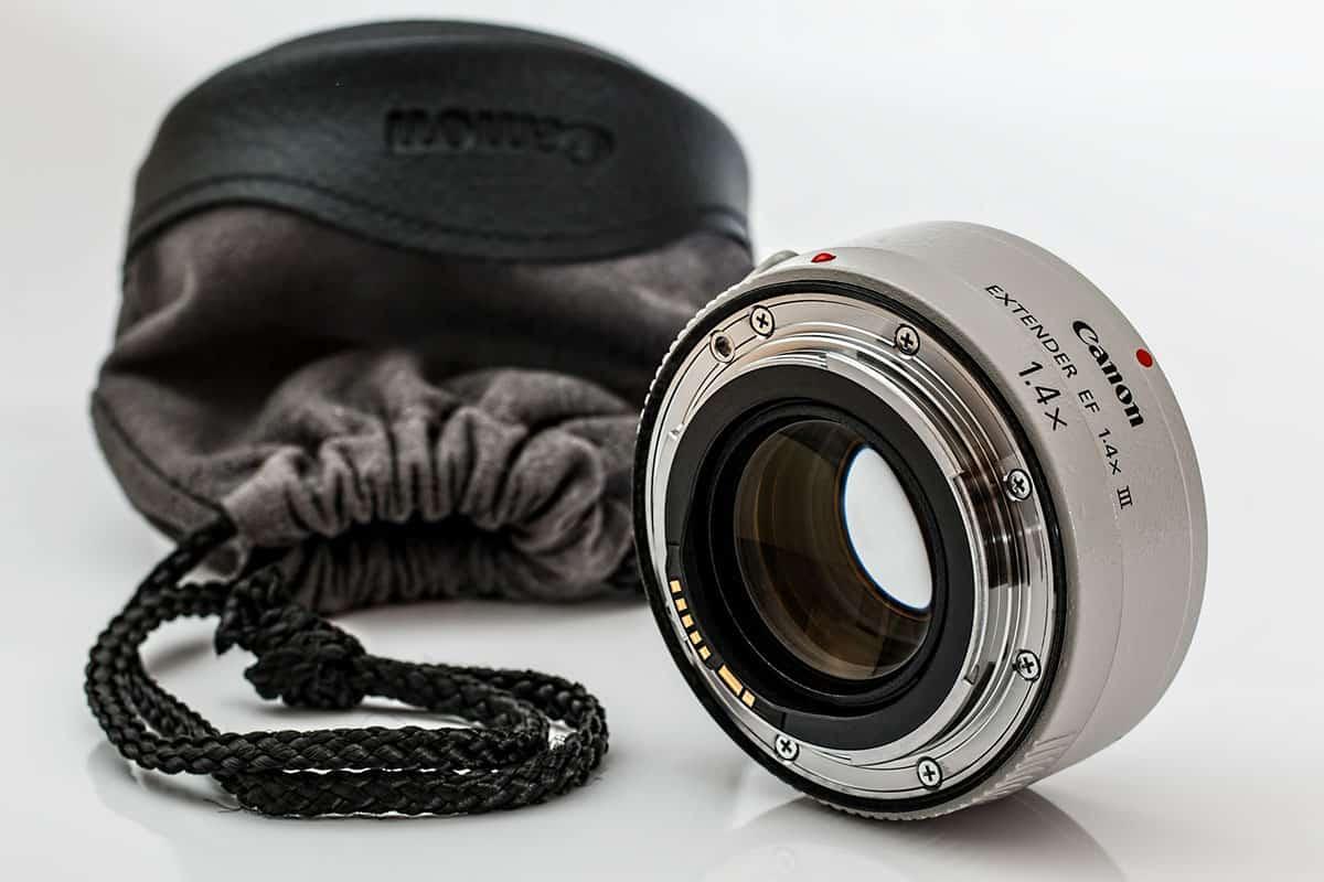 akcesoria-obiektyw-fotograficzny-canon-5d