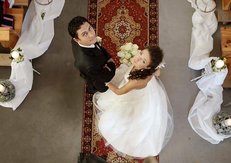 Grupa 5D - zdjęcia ślubne ceremonia w kościele w Bydgoszczy