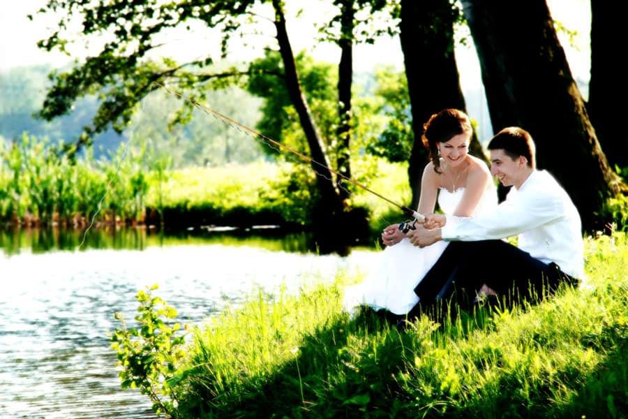 Nie ma przepisu na idealne zdjęcia ślubne, ale warto okryć to, co robi na nas najlepsze wrażenie