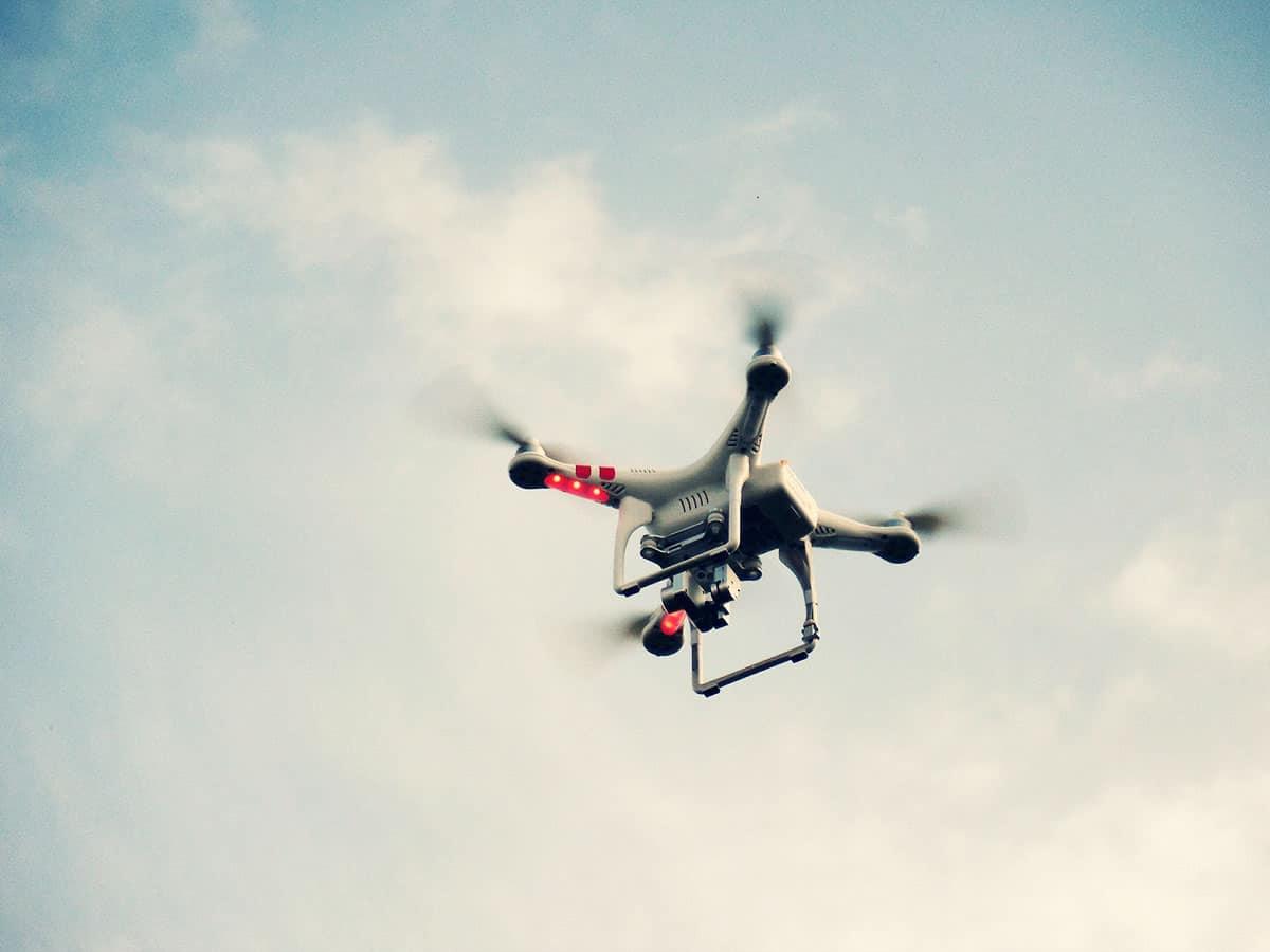 Dron Na ślubie Czyli Fotografia I Wideofilmowanie Z Powietrza