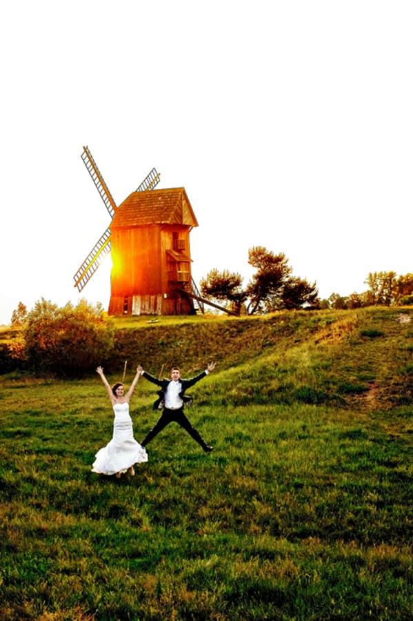 Fotograf ślubny musi uchwycić emocje chwili